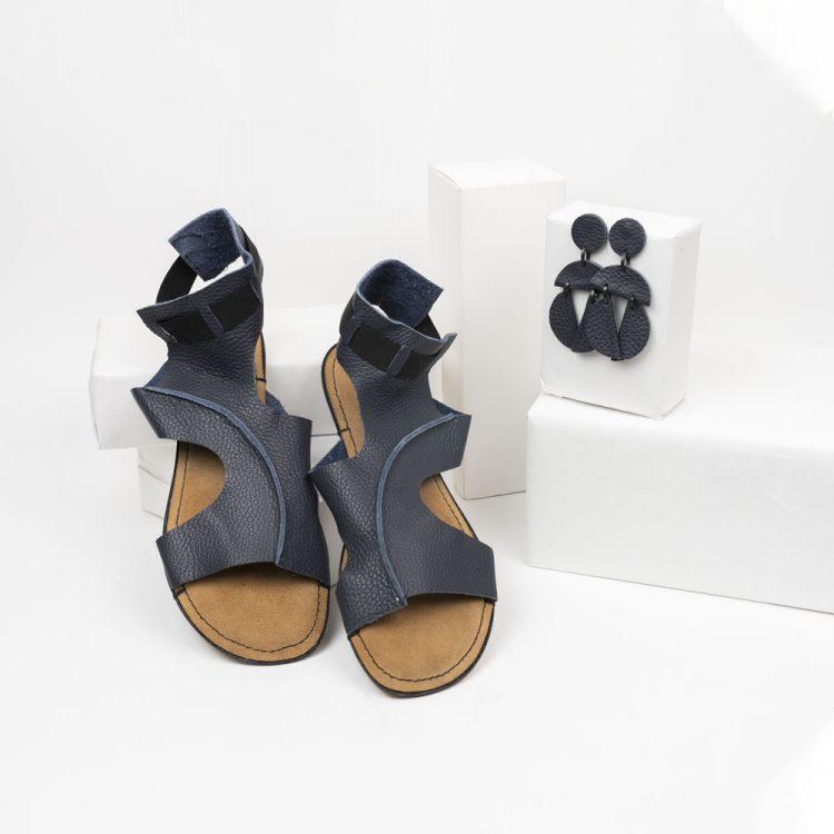 Sandalo Schiavo+ orecchini Mezzaluna omino